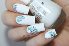 Water Decals Nail art by www.ilfilodiarianna90.blogspot.com BirthFlowers