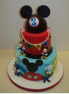 I want this cake for Gavin's birthday!