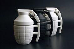 Check Price Creative Grenade Coffee Mugs Practical Water cup with Lid Funny Gifts Granada creativa taza de cafe Granada, Coffee Shops, Coffee Mugs, Drinking Coffee, Coffee Lovers, Coffee Time, Creative Coffee, Tadelakt, Cool Mugs