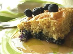 OVEN BAKED BLUEBERRY PANCAKE WITH HOMEMADE MAPLE SYRUP