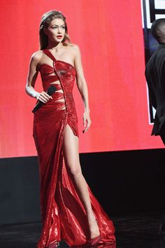 Gigi Hadid at the American Music Awards in an Atelier Versace dress.
