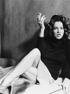 """Stockard Channing 1976 """"WHAT THE HELL ...YOU HATE EVERYONE...GET OVER IT ALREADY""""!  I love her, great actress."""