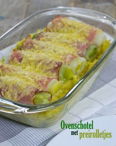 Beautiful Quick oven dish with leek rolls Super Healthy Recipes, Healthy Drinks, Vegetarian Recipes, Cooking Recipes, Leek Recipes, Dutch Recipes, Good Food, Yummy Food, Oven Dishes