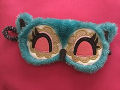 Adorable owl sleeping mask from Claire's!!!!!!! Love it!!!!!;);)