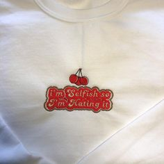 Diy Embroidery Shirt, Felt Embroidery, Embroidery Ideas, Harry Styles Sweatshirt, Beautiful Outfits, Cool Outfits, One Direction Outfits, Words Wallpaper, Colouring Pics