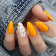 bright nail art id… - Beauty Home - Summer nails; bright nail art id - Bright Nail Art, Yellow Nail Art, Daisy Nail Art, Yellow Nails Design, Nails With Flower Design, Bright Colors, Red Orange Nails, Sunflower Nail Art, Colorful Nail Art
