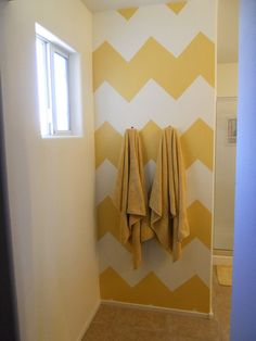 chevron patterns look so cute! I love this idea for a bathroom.