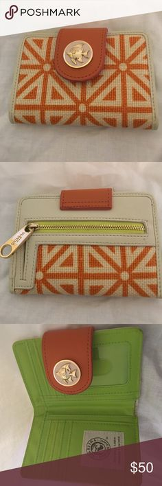 Spartina Medium Bifold Wallet-Like New! Spartina Bifold Wallet, barely used. Great Condition. 100% Authentic! Offers welcome, and same or next day shipping! Spartina Bags Wallets