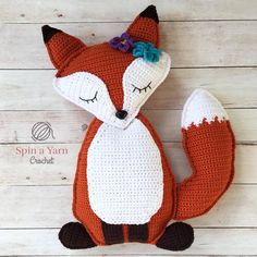 Ragdoll Fox Free Crochet Pattern • Spin a Yarn Crochet - https://spinayarncrochet.com/ragdoll-fox-free-crochet-pattern/