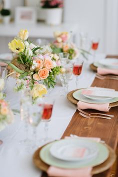 Photography: Natalie Franke - nataliefrankephotography.com  Read More: http://www.stylemepretty.com/living/2015/06/19/office-tour-kari-rider-events/