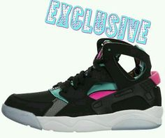 brand new 2a4cd 7a30c Nike Air Flight Huarache Black Pink GS size 7y retro Retro Sneakers,  Jordans Sneakers,