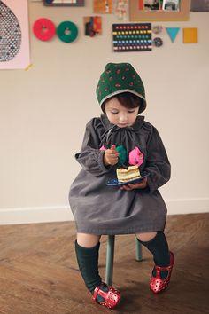 e-annika.com -- supercute clothes for little girls - that bonnet!!
