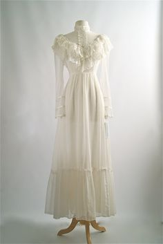 Vintage Wedding Dress  Vintage 70s Gunne Sax by xtabayvintage