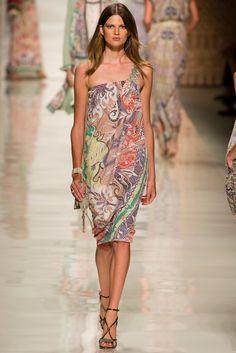 Etro Spring 2014 Ready-to-Wear Fashion Show - Bette Franke