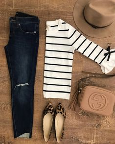 striped bow sleeve sweater leopard flats step hem jeans gucci soho disco bag 50 Best Spring Outfits Casual 2019 for Women - Fashion and Lifestyle Mode Outfits, Dress Outfits, Casual Outfits, Fashion Outfits, Womens Fashion, Casual Jeans, Jean Outfits, Hipster Outfits, Sweater Outfits