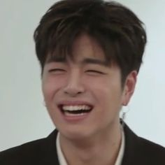 Ideas for memes faces kpop ikon Meme Faces, Funny Faces, Bobby, Ikon Member, Koo Jun Hoe, Nct, Reaction Face, Memes In Real Life, Kim Hanbin