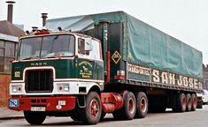 Mack Trucks, Big Rig Trucks, Semi Trucks, Old Lorries, International Harvester Truck, All Truck, Diesel Trucks, Vintage Trucks, Classic Trucks