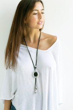 Collar largo negro collar de cuero collar Lariat