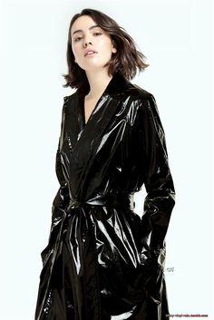 Raincoats For Women Wardrobes Product Vinyl Raincoat, Pvc Raincoat, Plastic Raincoat, Imper Pvc, Black Raincoat, Vinyl Dress, Latex Dress, Raincoats For Women, Vinyls
