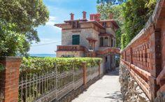 Lungomare – Villa Zagreb Villa, Strand, Mansions, House Styles, Home Decor, Croatia, Viajes, House, Decoration Home