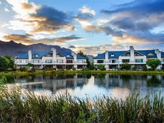Valley Golf Lodges - Boasting stunning mountain views, Valley Golf Lodges offers all guests self-catering accommodation located in the pristine Pearl Valley Golf Estates.All lodges comprises three en-suite bedrooms, with two . Jacuzzi Bath, Bedroom With Ensuite, Mountain View, Weekend Getaways, Lodges, Catering, Bedrooms, Golf, Pearl