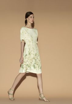 Valentino Ready To Wear Spring 2012 Collection