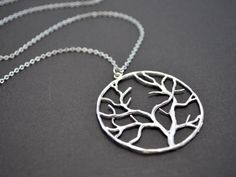 love this tree necklace