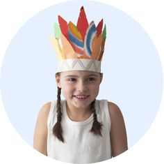 Violette's feather crown Violettes fjäderskrud  #gördetsjälv #evaochcoline #pyssel #craft #children #children #handmade #barnbok #kidsbook #DIY #idusförlag #illustration #watercolor #akvarell #doityourself #pysslahemma #boktips #details #pysseltips #krea #feather #crown #fjäderskrud