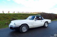 #Triumph #Spitfire au Rallye des Givrés, reportage complet : http://newsdanciennes.com/2016/02/15/grand-format-le-rallye-des-givres/ #Voiture #Ancienne #ClassicCar