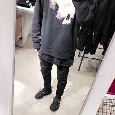 "maiintaiin: ""bankrollblack: "" "" AM - maiintaiin (CxF) Cocvinex Fashion Member "" Urban Street Style, Street Style Looks, Men Street, Street Wear, Street Goth, Urban Fashion, Mens Fashion, Fashion Killa, Street Fashion"