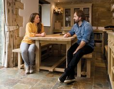 Congratulations Alfie Boe on your number one album with Michael Ball! Here he is meeting our Creative Director Abigail List as he's delivered a Farmhouse Oak Dining Table from Indigo Furniture. Shop here» http://www.indigofurniture.co.uk/the-farmhouse-oak-dining-table?utm_source=social&utm_campaign=alfieboe&utm_medium=photo   #alfieboe #singer #celebrities #people #home #diningtable #rustic #farmhouse #furniture #oaktable #table #solidwood #musician #interiordesign