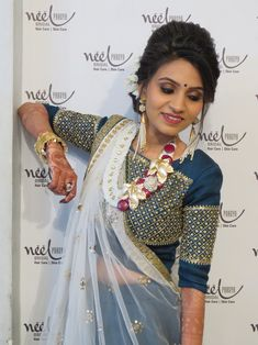 Choli Blouse Design, Saree Blouse Neck Designs, New Blouse Designs, Choli Designs, Indian Fashion Dresses, Indian Designer Outfits, Designer Dresses, Indian Bridal Wear, Indian Wear