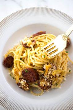French Vegetarian Recipes, Easy Irish Recipes, Indian Food Recipes, Italian Recipes, Ethnic Recipes, All You Need Is, Basil Pasta Sauce, Chorizo Pasta, Traditional French Recipes