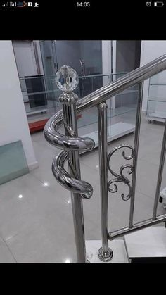 New cable stairs railing diy steel 66 ideas Wooden Staircase Railing, Cable Stair Railing, Modern Stair Railing, Staircase Design, Modern Stairs, Railings, Stainless Steel Stair Railing, Steel Handrail, Steel Stairs