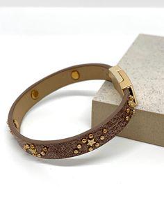 Scarf Belt, Selling Jewelry, Clutch Wallet, Instagram Feed, Hair Accessories, Celestial, Bracelets, Earrings, Leather