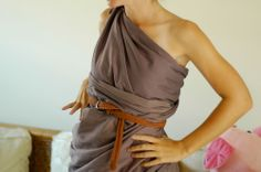 How to Make a Toga out of a Bedsheet