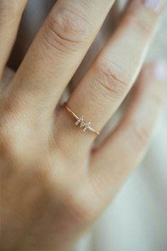 """Initial Ring """"M"""" from Anna Inspiring Jewellery in Roségold with white diamonds Gold Ring Designs, Gold Earrings Designs, Gold Jewellery Design, Hand Jewelry, Cute Jewelry, Jewelry Accessories, Diamond Jewelry, Silver Jewelry, Silver Ring"""
