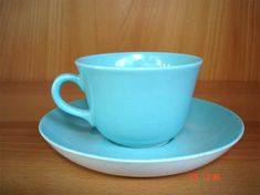 Arabia Coffee Cups And Saucers, Cup And Saucer, Tea Cups, Tom Of Finland, Dinner Dishes, Turquoise, Mugs, Retro, Tableware