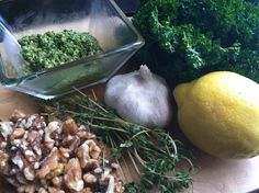 Recipe for a Quick & Easy Parsley-Thyme Spinach Pesto!