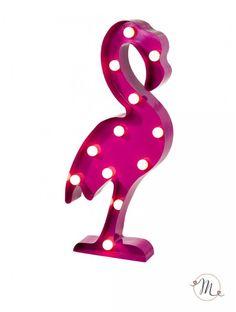 Decorazione luminosa fenicottero.  Per decorare la location della vostra festa, a tema tropicale, può essere collocata sui tavoli. Altezza 52 cm. In #promozione #matrimonio #weddingday #wedding #ricevimento #insegne #decorazioni #luci #banner #illuminatedsigns #decorations #lights #bar #decorazioniluminose #nozze #fenicotteri #fenicotterirosa #flamingo #flamingos