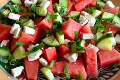Zomerse salade met watermeloen, feta en munt