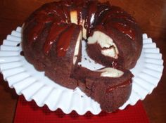 Cheese and chocolate tunnel cake