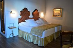 Casas de la Juderia, Cordoba Nook And Cranny, Boutique Hotels, Andalucia, Walk In Shower, Very Lovely, Other Rooms, Spain, Lounge, Architecture