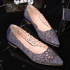 2017 Fashion Design Shoes Casual Shoes Women Pointed Hollow Flower Crystal  Slip on Flats women s loafers Wedding Shoes Hot Sale-in Women s Flats from  Shoes ... fdae6411ca34