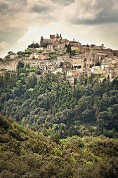 Amelia in Umbria, Italy  Love this foto!  #travel #travelforfun