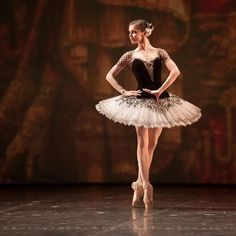 """Natalia Osipova (Kitri) with Mikhailovsky Theatre in """"Don Quixote"""" LOVE HER and that tutu is asdfghjklzx. Rudolf Nureyev mounted a production of """"Don Quixote"""" with Canada's National Ballet in the or He gave his usual charismatic, dynamic performance. Ballet Tutu, Ballet Dancers, Princesa Tutu, Ballet Russe, Ballerinas, Russian Ballet, Ballet Photography, Ballet Beautiful, Dance Photos"""