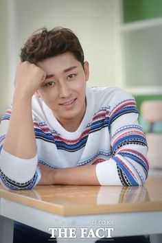 Son Ho Joon | Son Ho Jun | 손호준 | D.O.B 27/6/1984 (Cancer)