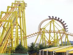 Buy Suspended Roller Coaster for Sale from Beston Amusement. Buy Your Suspended Roller Coaster Rides Now By Contact Beston Group. Roller Coaster For Sale, Biggest Roller Coaster, Best Roller Coasters, Roller Coaster Ride, Ring Roller, Types Of Steel, Swing Design, Amusement Park Rides, Oktoberfest