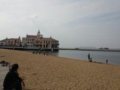 Seaside momobitch