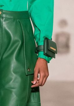 Bucket Bags And Bouquets: All Of The Best Bags From Milan Fashion Week Next summer style inspo. Fashion Bags, Paris Fashion, Fashion Accessories, Womens Fashion, Fashion Trends, Edgy Outfits, Mode Outfits, Thom Browne, Looks Style